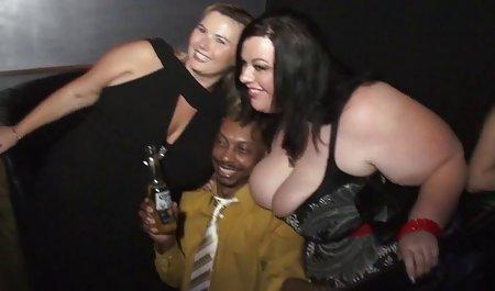 Cantik dan tangguh - Kenzi Taylor bersenang-senang bokep sex barat dengan dua anggota hitam besar